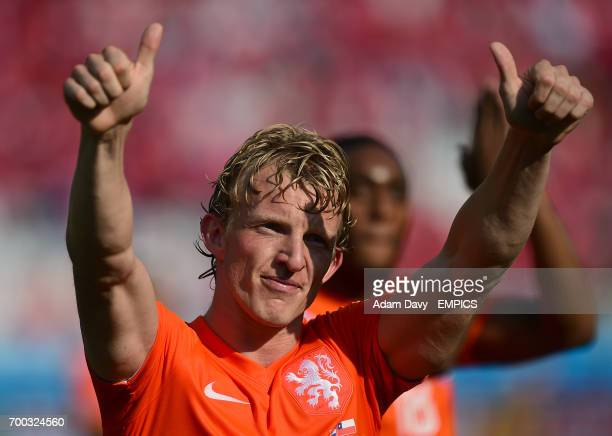 Netherlands' Dirk Kuyt celabrates his side's victory