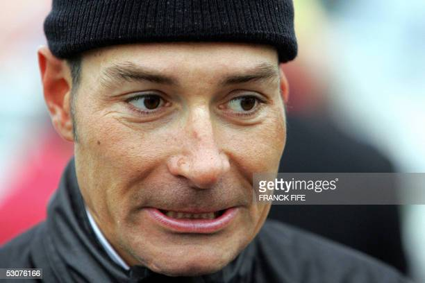 FILES A file picture taken on 17 April 2005 shows German cyclist Erik Zabel of the team TMobile waiting for the start of the 40th Amstel Gold Race...