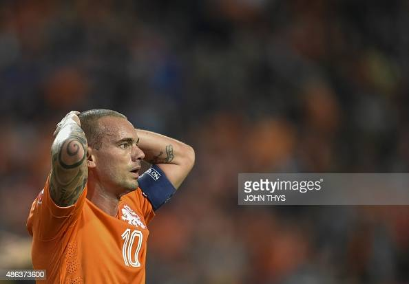 Netherlands' reacts during the UEFA Euro 2016 qualifying round football match between Netherlands and Iceland at the Arena Stadium on September 3...