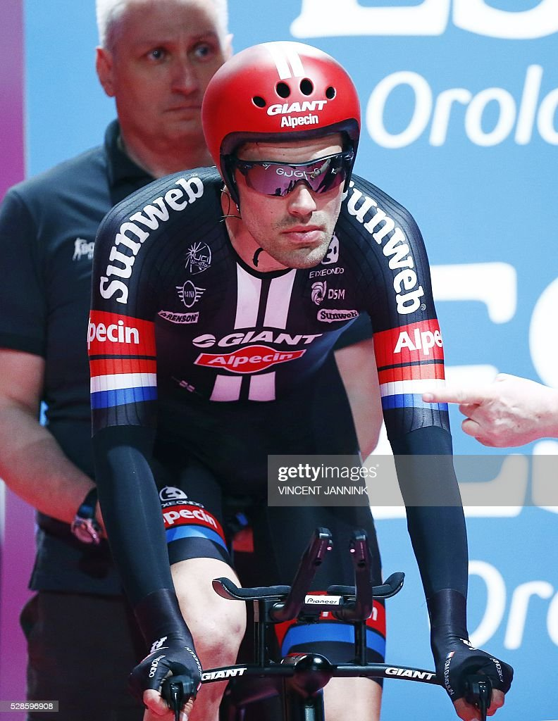 Netherlands' Tom Dumoulin of Team Giant Alpecin takes the start of the first stage of the Giro d'Italia 2016 at Apeldoorn, Netherlands, on May 6, 2016, an individual time trial over 9.8km through Apeldoorn. / AFP / ANP / Vincent Jannink / Netherlands OUT