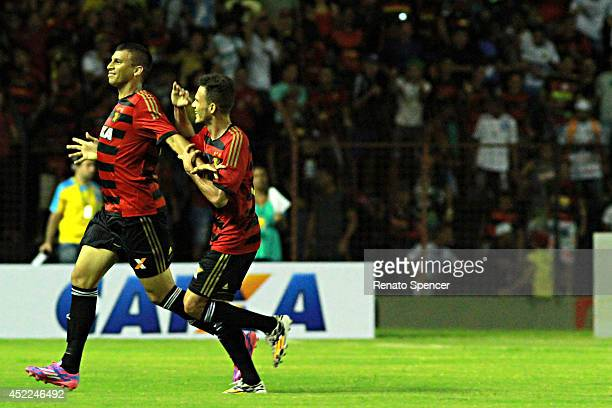 Neto Baiano of Sport Recife celebrates his goal with Rene of Sport Recife during the Brasileirao Series A 2014 match between Sport Recife and...