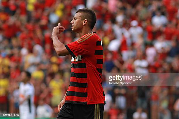 Neto Baiano of Sport Recife in action during the the Brasileirao Series A 2014 match between Sport Recife and Atletico MG at Ilha do Retiro Stadium...