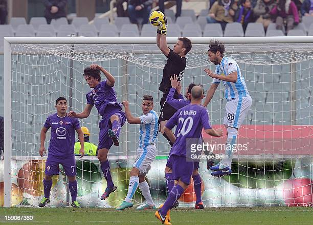 Neto of Fiorentina in action during the Serie A match between ACF Fiorentina and Pescara at Stadio Artemio Franchi on January 6 2013 in Florence Italy