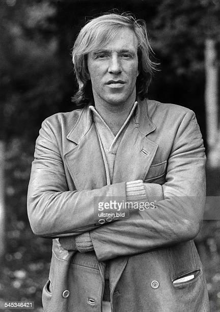 Netzer Guenter * Fussballer Unternehmer Sportkommentator D Halbportrait 1978