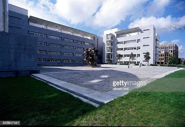 Neubau Bayerische Hypotheken und Wechselbank International im neuenBankenviertel in Luxemburg 00001995