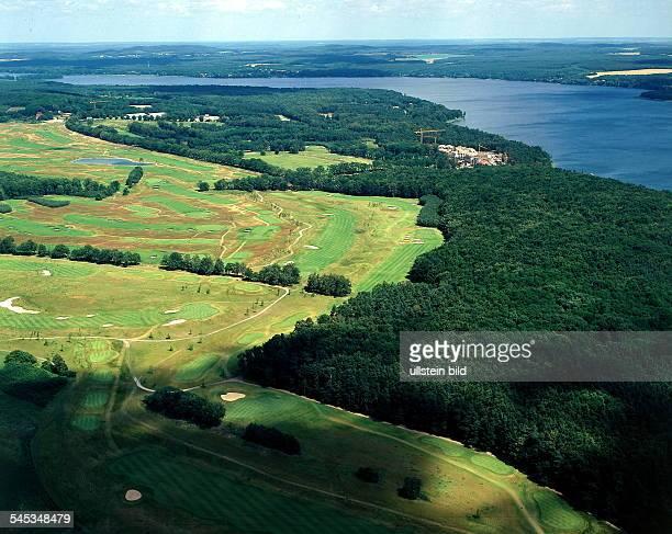 Neue Golfanlage mit drei Golfplätzenam Scharmützelsee Luftaufnahme 1996