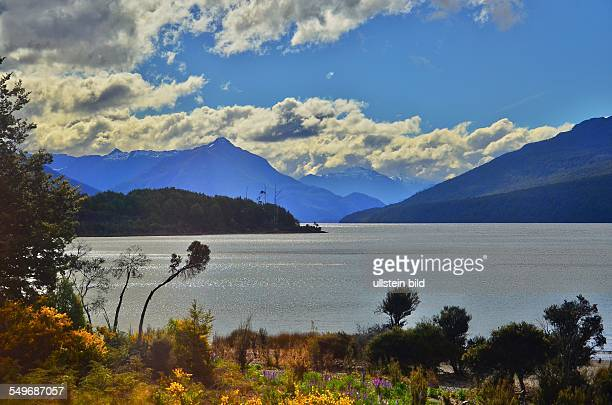 Neuseeland der Lake Te Anau im Fiordland Nationalpark ist mit einer Flaeche von 343 qkm das groesste Suesswasserreservoir der Suedinsel
