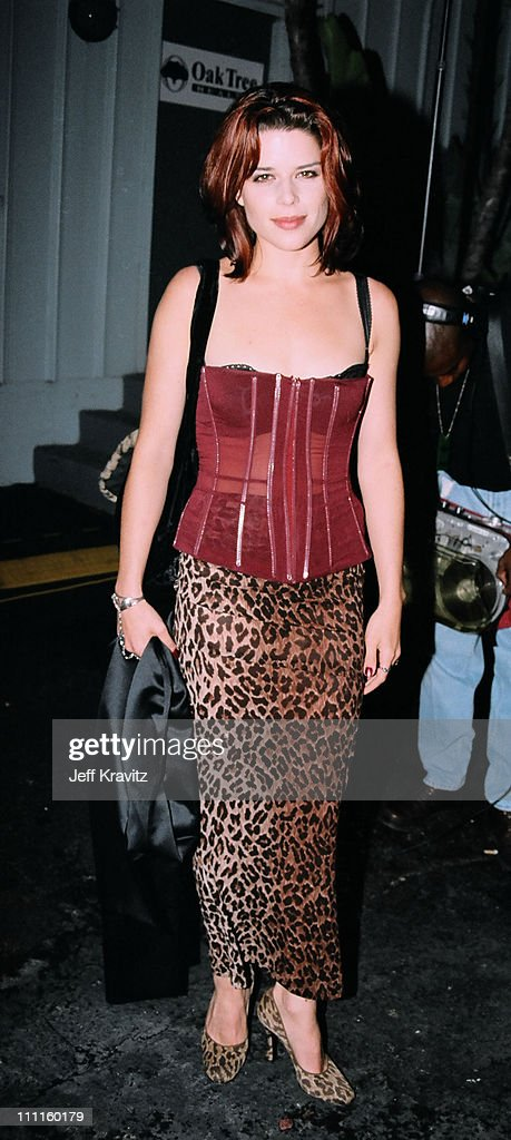 <a gi-track='captionPersonalityLinkClicked' href=/galleries/search?phrase=Neve+Campbell&family=editorial&specificpeople=202239 ng-click='$event.stopPropagation()'>Neve Campbell</a> during 1997 MTV Movie Awards in Los Angeles, California, United States.