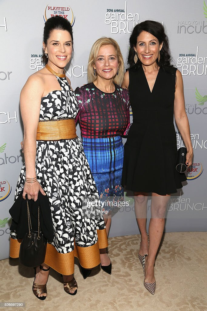 <a gi-track='captionPersonalityLinkClicked' href=/galleries/search?phrase=Neve+Campbell&family=editorial&specificpeople=202239 ng-click='$event.stopPropagation()'>Neve Campbell</a>, Hilary Rosen and <a gi-track='captionPersonalityLinkClicked' href=/galleries/search?phrase=Lisa+Edelstein&family=editorial&specificpeople=216555 ng-click='$event.stopPropagation()'>Lisa Edelstein</a> attend the Garden Brunch prior to the 102nd White House Correspondents' Association Dinner at the Beall-Washington House on April 30, 2016 in Washington, DC.