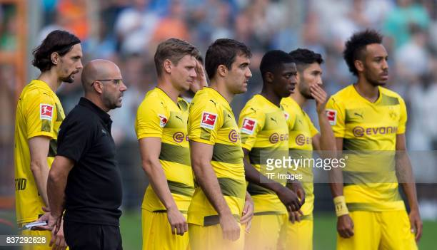 Neven Subotic of Dortmund Head coach Peter Bosz of Dortmund Lukasz Piszczek of Dortmund Sokratis of Dortmund Ousmane Dembele of Dortmund and...