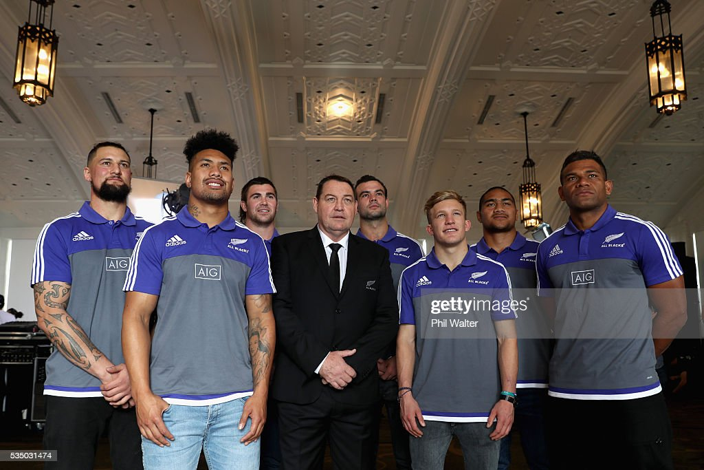 New All Black caps Elliot Dixon, <a gi-track='captionPersonalityLinkClicked' href=/galleries/search?phrase=Ardie+Savea&family=editorial&specificpeople=8836502 ng-click='$event.stopPropagation()'>Ardie Savea</a>, Liam Squire, All Black coach <a gi-track='captionPersonalityLinkClicked' href=/galleries/search?phrase=Steve+Hansen&family=editorial&specificpeople=228915 ng-click='$event.stopPropagation()'>Steve Hansen</a>, Tom Franklin, Damian McKenzie, Ofa Tu'ungafasi and <a gi-track='captionPersonalityLinkClicked' href=/galleries/search?phrase=Seta+Tamanivalu&family=editorial&specificpeople=9743583 ng-click='$event.stopPropagation()'>Seta Tamanivalu</a> pose during the New Zealand All Blacks squad announcement at The Heritage Hotel on May 29, 2016 in Auckland, New Zealand.