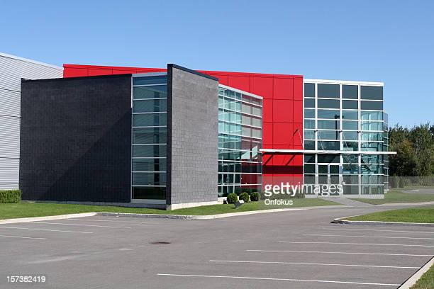 Neue und moderne industrielle Lofts-Gebäude