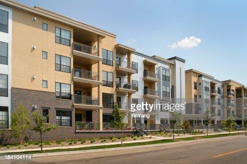 Appartement résidentiel de bâtiment et immobilier abritant et le secteur de la Construction
