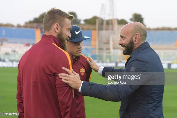 New AS Roma sporting Director Monchi meets and Radja Nainggolan and Daniele De Rossi before the Serie A match between Pescara Calcio and AS Roma at...