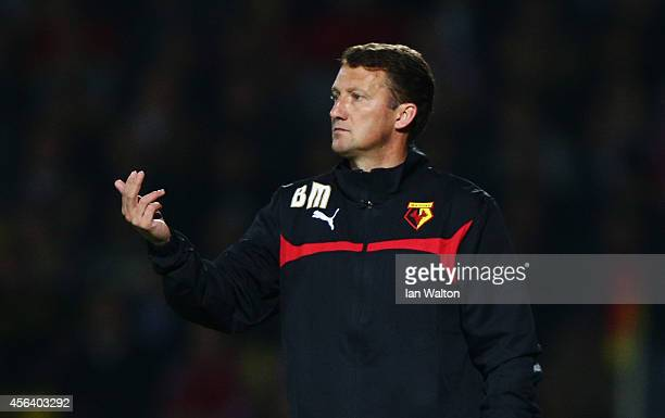 New Billy McKinlay manager of Watford gives instructions during the Sky Bet Championship match between Watford and Brentford at Vicarage Road on...