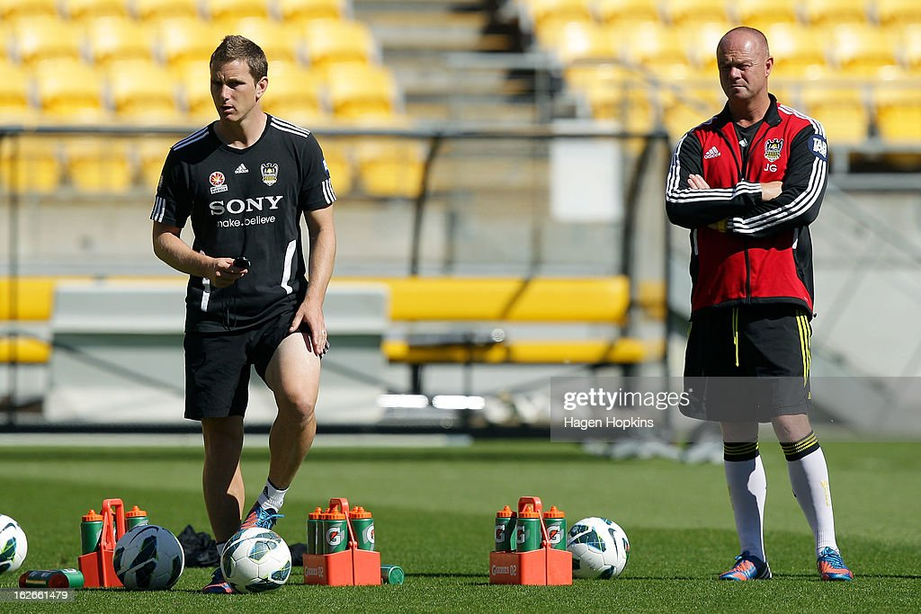 New coach Chris Greenacre (L) and goalkeeping coach Jonathan Gould look on during a Wellington Phoenix A-League training session at Westpac Stadium on February 26, 2013 in Wellington, New Zealand.