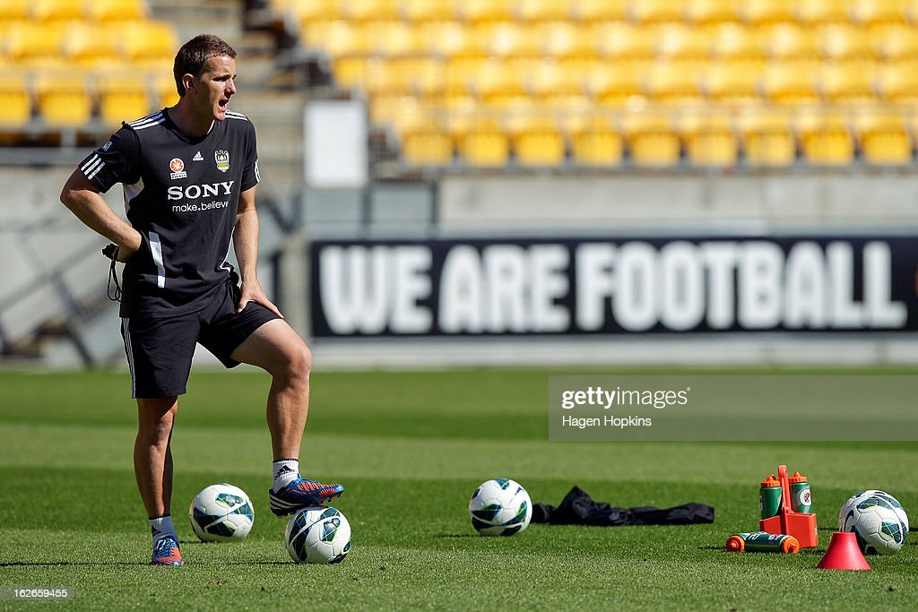 New coach Chris Greenacre talks to his players during a Wellington Phoenix A-League training session at Westpac Stadium on February 26, 2013 in Wellington, New Zealand.