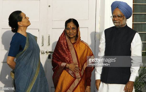 Indian Prime Minister Manmohan Singh United Progressive Alliance Chairperson and Congress Party President Sonia Gandhi and Newly Elected Indian...