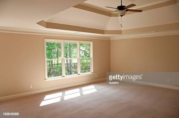 Neue leere Hauptschlafzimmer