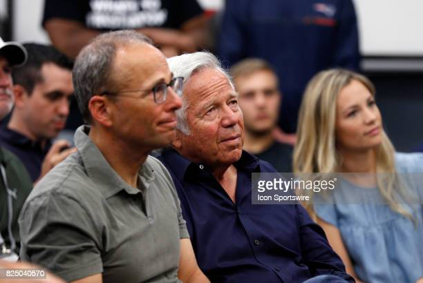 New England Patriots Chairman and CEO Robert Kraft listens to New England Patriots defensive end Rob Ninkovich during New England Patriots training...