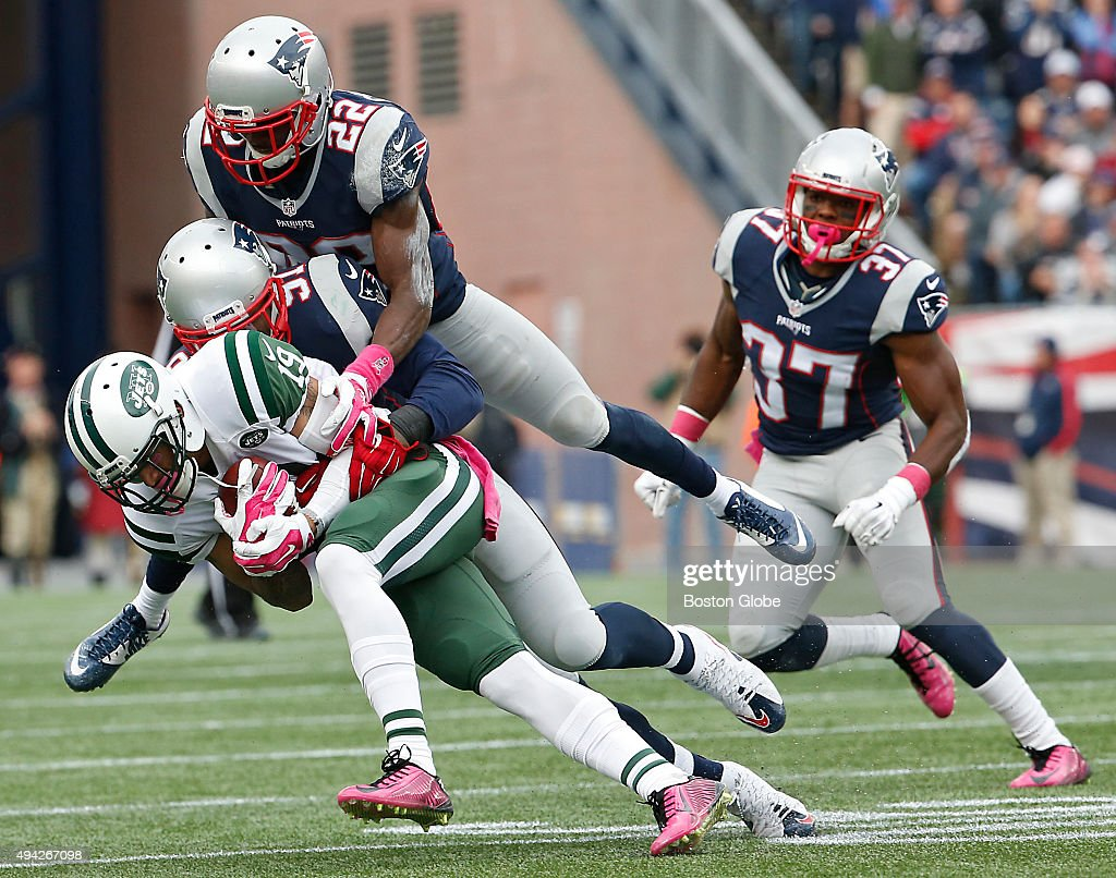 New York Jets Vs New England Patriots At Gillette Stadium