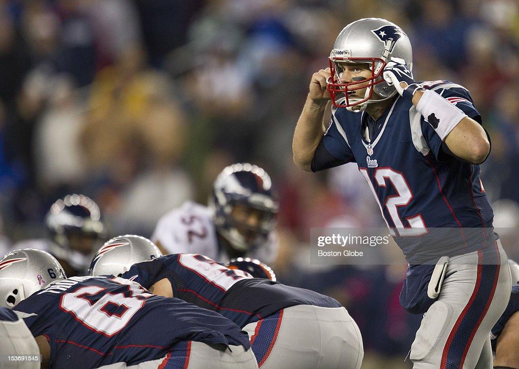 New England Patriots quarterback Tom Brady during fourth quarter action as the New England Patriots hosted the Denver Broncos in an NFL regular season game at Gillette Stadium on Sunday, Oct. 7, 2012.