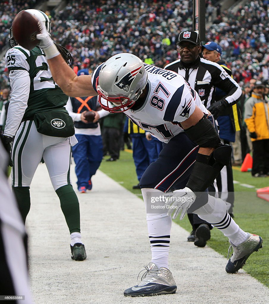 New England Patriots tight end Rob Gronkowski spikes the ball after his touchdown reception in the second quarter The New England Patriots took on...