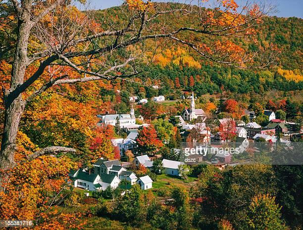 New England, il Vermont villaggio in autunno colore del fogliame