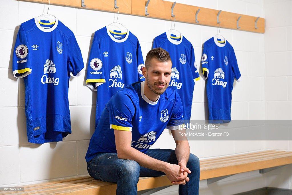 Everton Unveil New Signing Morgan Schneiderlin