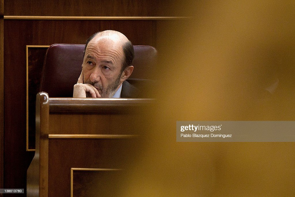 New General Secretary of the main opposition party, the Spanish Socialist Workers' Party, <a gi-track='captionPersonalityLinkClicked' href=/galleries/search?phrase=Alfredo+Perez+Rubalcaba&family=editorial&specificpeople=692536 ng-click='$event.stopPropagation()'>Alfredo Perez Rubalcaba</a> replys to Spain's Prime Minister Mariano Rajoy during a plenary session at the Spanish Parliament on February 8, 2012 in Madrid, Spain. Spain's Prime Minister Mariano Rajoy attended Parliament to make a statement about Monday's EU summit, where European leaders agreed on a permanent rescue fund for the euro zone and 25 of the 27 members agreed to sign a fiscal treaty intended to strengthen budget discipline. The UK and Czech Republic were the only members that refused to join the fiscal pact.