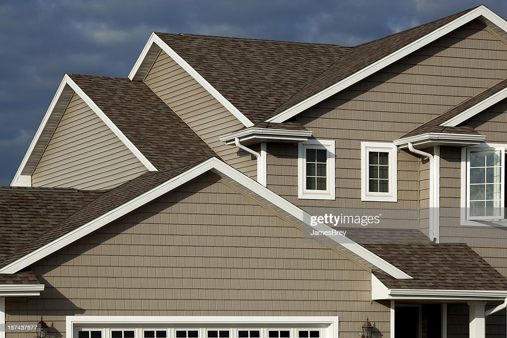 New Home Vinyl Siding Architectural Asphalt Shingle Roof