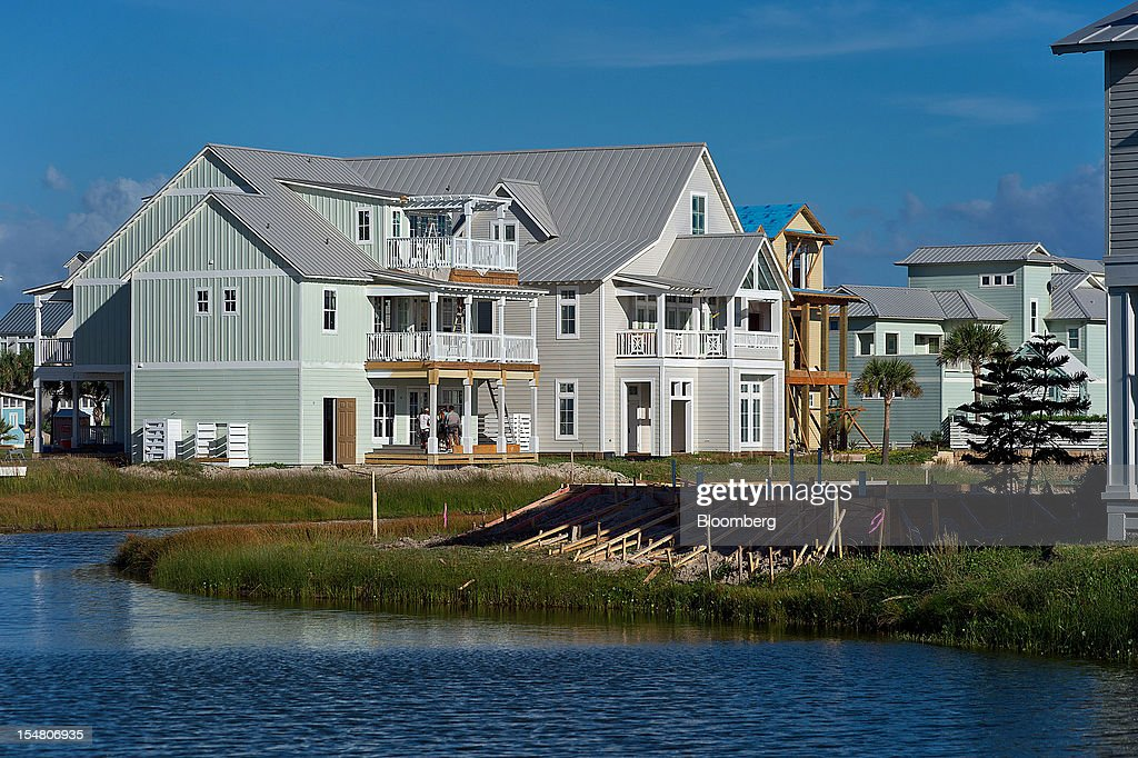 New homes under construction stand at the Cinnamon Shore beachfront community in Port Aransas, Texas, U.S., on Wednesday, Oct. 24, 2012. The U.S. Census Bureau is scheduled to release construction spending figures on Nov. 1. Photographer: Eddie Seal/Bloomberg via Getty Images
