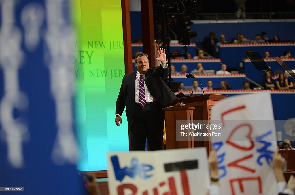 New Jersey Gov. Chris Christie (R), RNC keynote speaker acknowledges the crowd during the 2012 Republican National Convention at the Tampa Bay Times Forum on August 28, 2012 in Tampa, Florida.