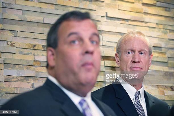 New Jersey Gov Chris Christie speaks at a press conference following a campaign event with Illinois gubernatorial candidate Bruce Rauner on September...
