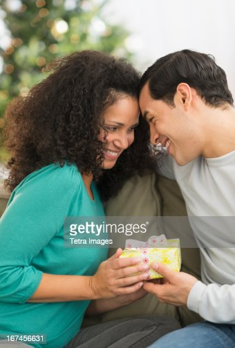 USA, New Jersey, Jersey City, Couple with Christmas gifts : Stock Photo