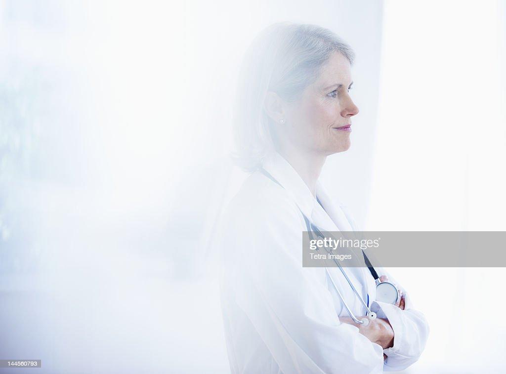 USA, New Jersey, Jersey City, Portrait of senior female doctor