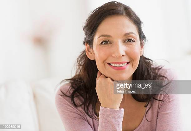 USA, New Jersey, Jersey City, Portrait of smiling woman