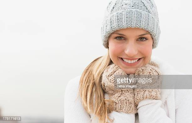 USA, New Jersey, Jersey City, Portrait of woman in winter clothing