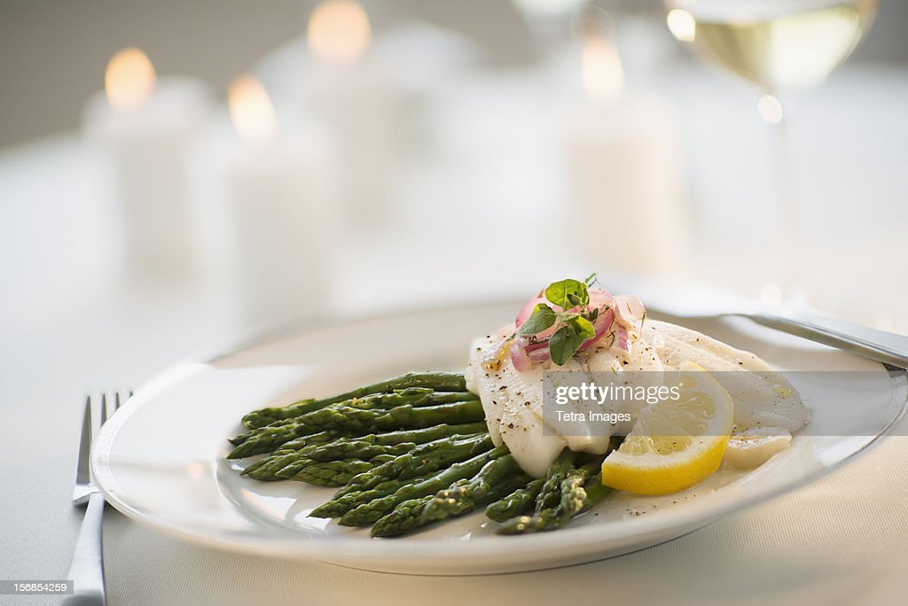 USA, New Jersey, Jersey City, Seafood on plate in restaurant
