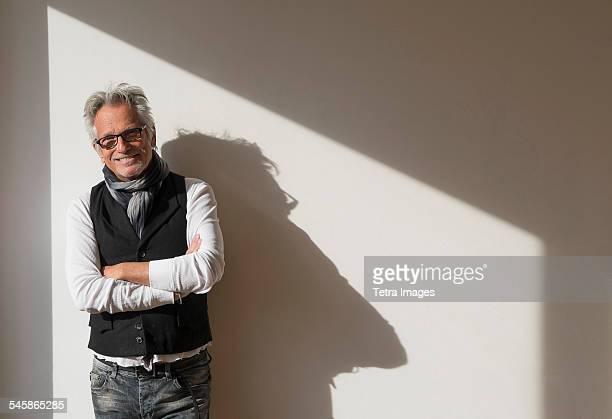 USA, New Jersey, Portrait of fashionable senior man
