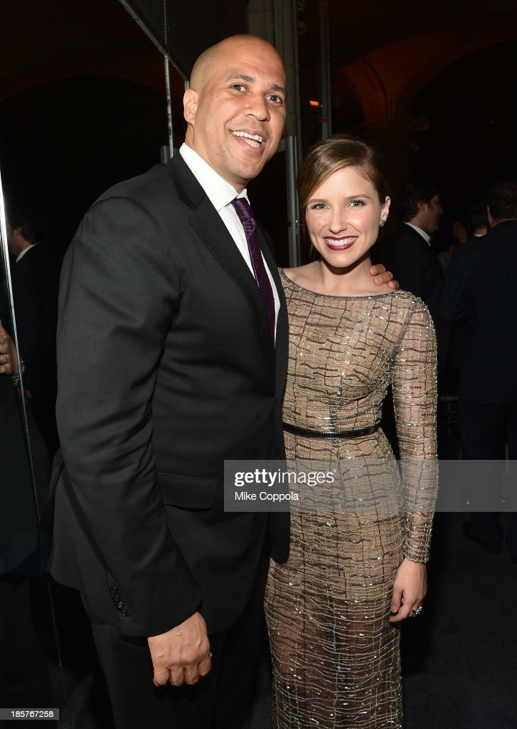 New Jersey Senator-elect <a gi-track='captionPersonalityLinkClicked' href=/galleries/search?phrase=Cory+Booker&family=editorial&specificpeople=638070 ng-click='$event.stopPropagation()'>Cory Booker</a> and actress <a gi-track='captionPersonalityLinkClicked' href=/galleries/search?phrase=Sophia+Bush&family=editorial&specificpeople=203180 ng-click='$event.stopPropagation()'>Sophia Bush</a> attend the third annual Pencils of Promise gala at Guastavino's on October 24, 2013 in New York City.