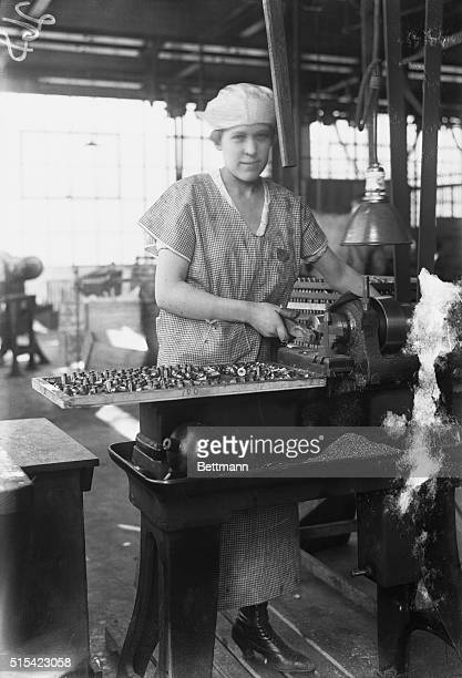 Woman worker at munitions plant Bloomfield New Jersey