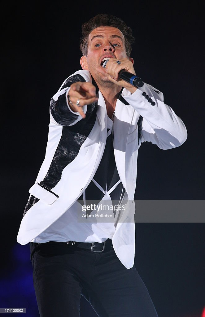 New Kids On The Block singer <a gi-track='captionPersonalityLinkClicked' href=/galleries/search?phrase=Joey+McIntyre&family=editorial&specificpeople=650190 ng-click='$event.stopPropagation()'>Joey McIntyre</a> performs during 'The Package Tour' with 98 Degrees And Boyz II Men at Target Center on July 20, 2013 in Minneapolis, Minnesota.