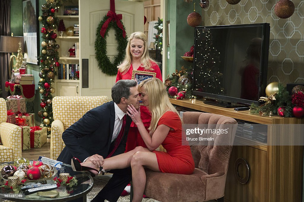 MELISSA & JOEY - 'A New Kind of Christmas' - Jaime Pressly drops by as Mel's sister Meredith, who comes home from prison on furlough to celebrate Christmas with the kids and Mel, and seems unruffled by Joe's obvious animosity towards her. 'A New Kind of Christmas' airs Wednesday, December 11th at 8:00PM ET/PT on ABC Family. PRESSLY