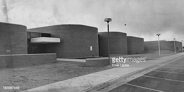 MAR 18 1976 MAY 19 1976 APR 29 1976 New Lakewood Regional Library at 10200 W 20th Ave Slated to Open Next Month The $16 million facility is about...