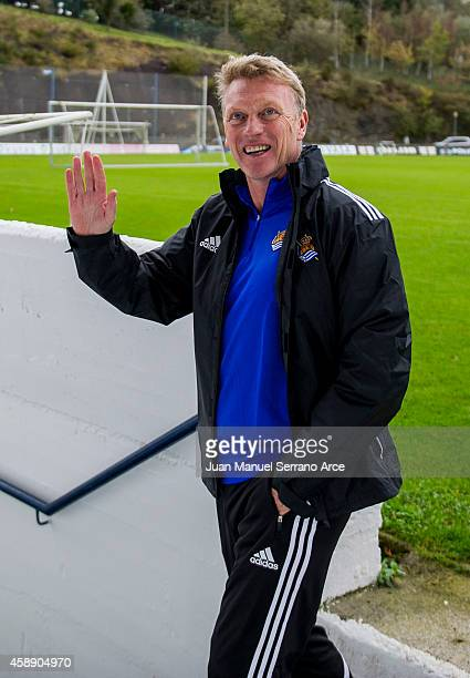 New manager David Moyes oversees a Real Sociedad training session at the Zubieta training ground on November 13 2014 in San Sebastian Spain