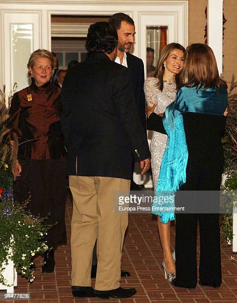 New Mexico Governor's wife Barbara Richardson New Mexico Governor Bill Richardson Prince Felipe and Princess Letizia wellcome Mexico's First Lady...