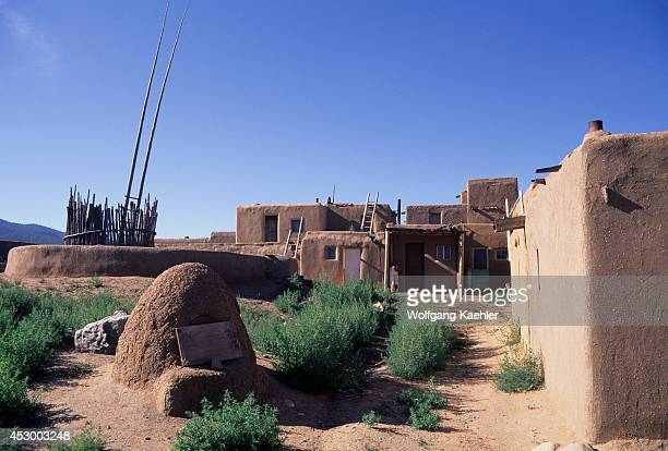 Mud brick house stock photos and pictures getty images for Adobe construction pueblo co