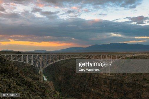 USA, New Mexico, Taos, Rio Grande Bridge