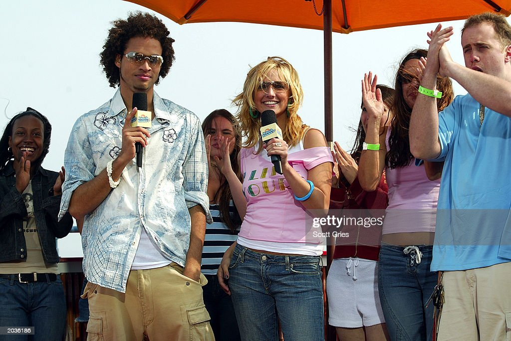 New MTV VJ Ashlee Simpson with Quddus during Spankin New Summer Music Week at the MTV Beach House May 28, 2003 in East Quogue, New York.